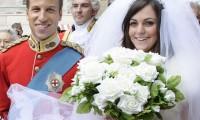Καταπληκτική ομοιότητα με τον Prince Williams και την Kate Middleton