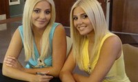 Hot-twins-2